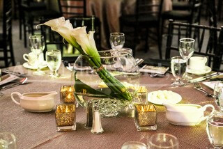 calla lily flower centerpiece
