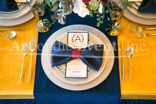 table setting with navy blue napkin